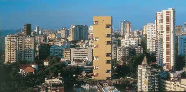 AD Classics: Kanchanjunga Apartments / Charles Correa