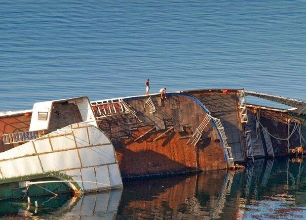 Το «ΚΑΠΕΤΑΝ ΓΙΑΝΝΗΣ» ήταν ένα ελληνικό πλοίο μεταφοράς ζάχαρης σκάφος που βυθίστηκε στον ποταμό Clyde της Σκωτίας το 1974 μετά από σύγκρουση με ένα τάνκερ της BP όταν μια σοβαρή θύελλα έπληξε την δυτική ακτή. Το τάνκερ δεν υπέστη καμία ζημία, αλλά αλυσίδες των αγκυρών του τρύπησαν το ΚΑΠΕΤΑΝ ΓΙΑΝΝΗΣ επιτρέποντας να εισέλθει νερό σε αυτό. Ο καπετάνιος του «ΚΑΠΕΤΑΝ ΓΙΑΝΝΗΣ» προσπάθησε να το προσαράξει στα ρηχά νερά της αμμουδιάς και το κατεύθυνε προς το επιθυμητό σημείο όπου κόλλησε γρήγορα…
