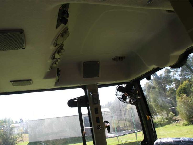 Enfly 55hp with Aircon Cabin | TANNERTRACK