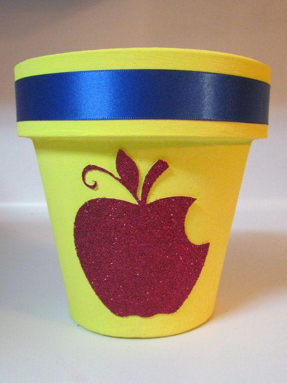 Disney Princess Snow White Birthday Party Centerpiece Base Pot or Vase Room Decor Custom made for any Princess on Etsy, $13.99