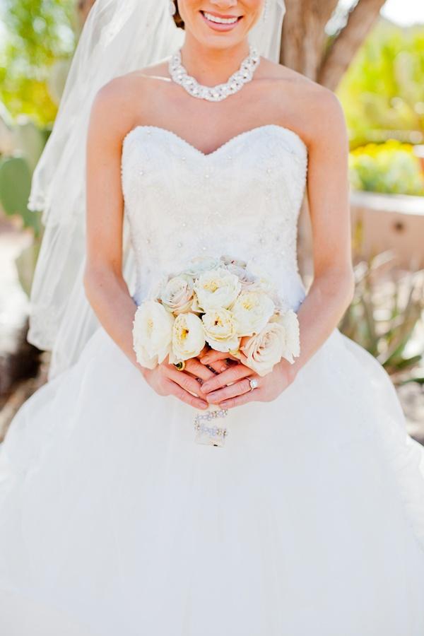 Bride with bouquet. #wedding #bride http://www.weddingchicks.com/ http://elysehall.com/