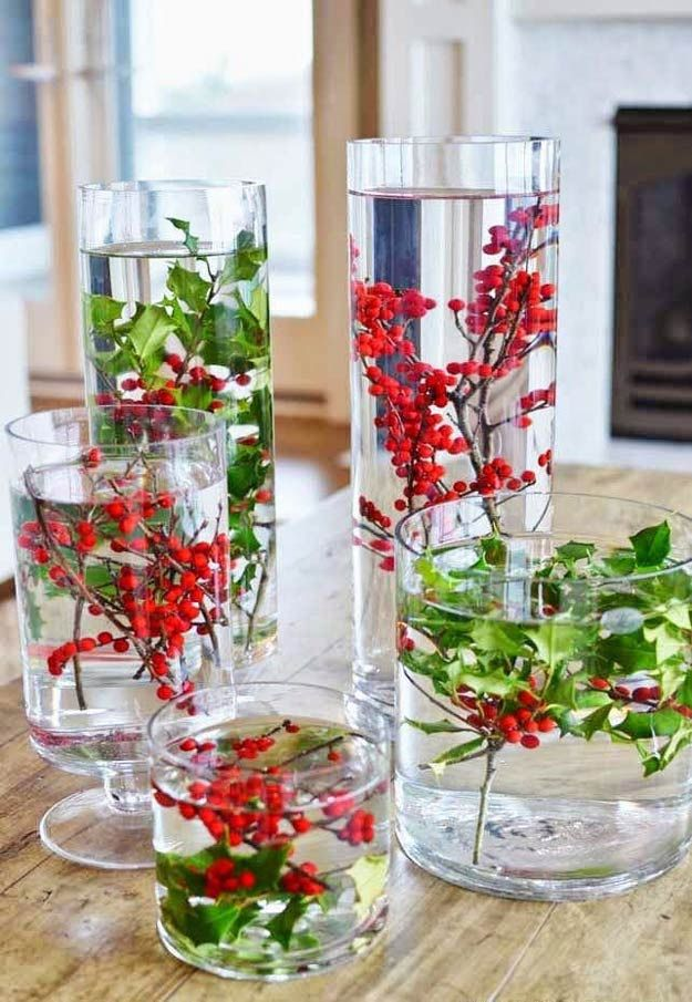 Easy Holly Decoration | DIY Christmas Centerpiece Ideas To Complete Your Table