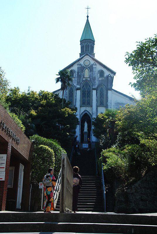 大浦天主堂。日本最古の木造ゴシック建築。国宝。