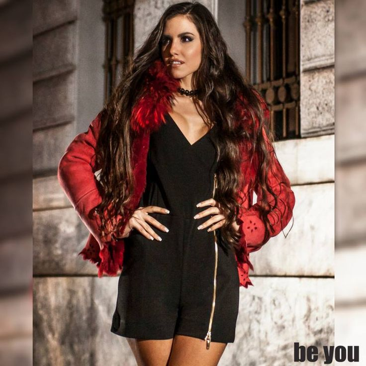 Forget your LBD, this party season it's all about dreamy romper ! wear it just like Eutuxia Lazarou ολόσωμο σορτς > https://goo.gl/8lHyDW  #romper #shorts #beyoucomgr #partylook