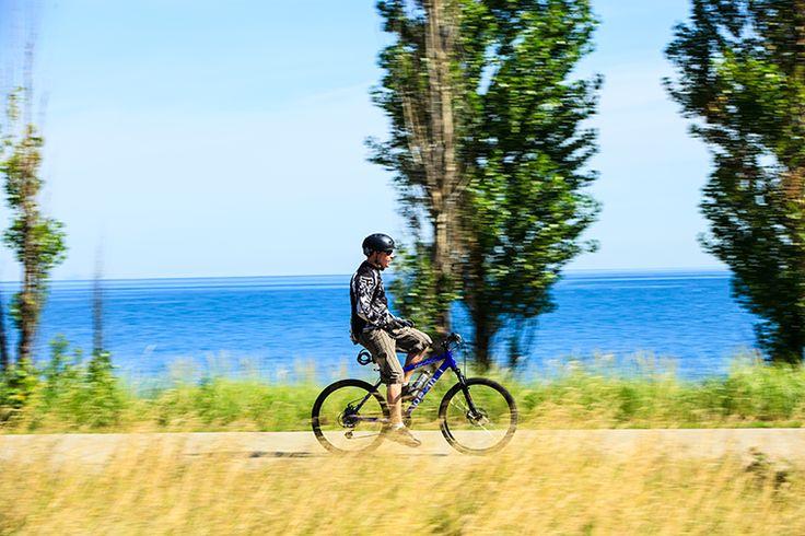 Hamilton Beachfront - beautiful spot to walk, rollerblade, bike or just enjoy the beach.