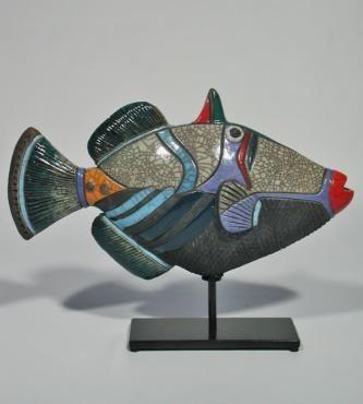 MAN OF EARTH Poisson Picasso Céramique d'art Raku Les poissons statues et décoration céramique d art - Paris France