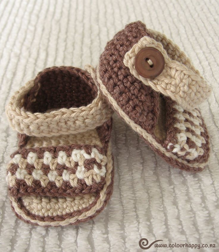Fawn & Brown Crochet Baby Sandals ♥Made by Colour Happy / Adele, pattern by Vita Apala