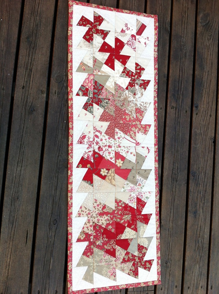 Anne Marie´s Quilt - would be a pretty table runner
