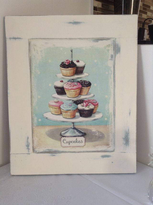 Shabby Chic Cupcake Sign From a Cabinet Door - not just an UpCycle but a great way to make your own art when you are not very artistic!