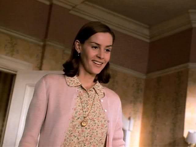 Miss Honey From Matilda | Embeth Davidtz ''Ms.Honey'' | International Movies and TV ...