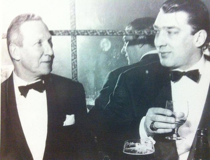 Ronnie Kray and Lord Effingham.
