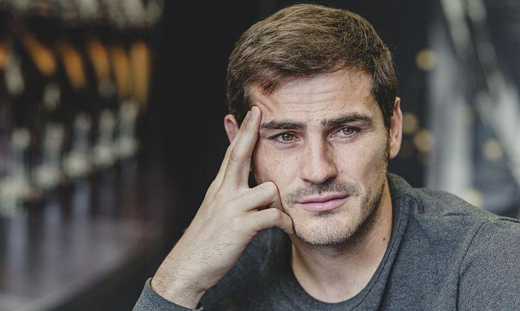 Liverpool Akan Usahakan Transfer Iker Casillas Di Bulan Januari