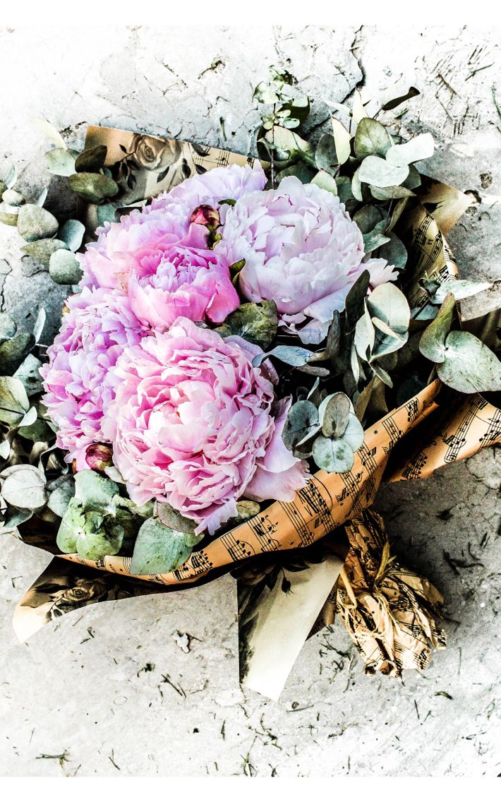 Perfect peonies bouquet 💐🙆Be inspired | By DorothyPuscas