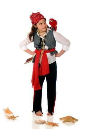 homemade pirate costumes - Halloween Pirate Costume Ideas