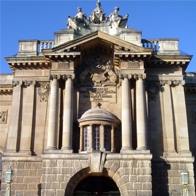 Bristol City Museum and Art Gallery    Plan #yourjourney online at http://ojp.nationalrail.co.uk/service/planjourney/search