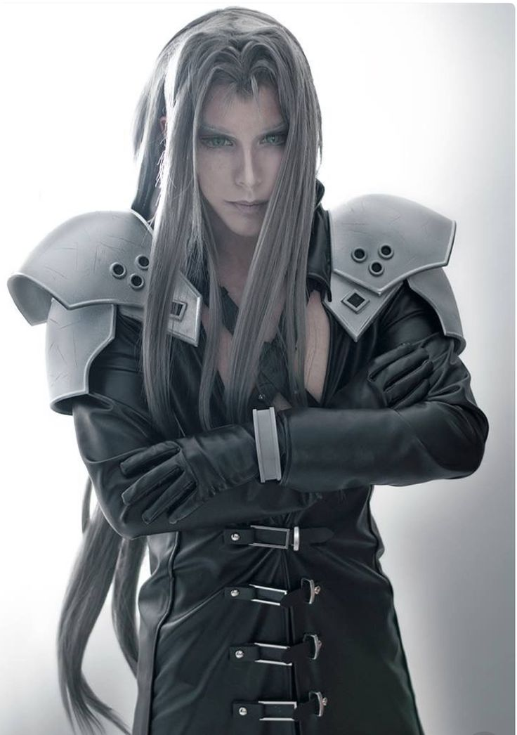 Final Fantasy Sephiroth Cosplay 10 best sephiro...