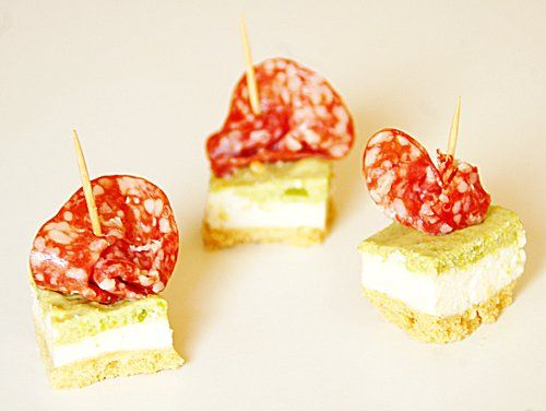 Mini cheesecake pecorino fave e salame