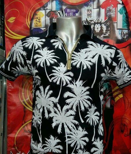 Camiseta marca BRADBURY para hombre tipo cuello con bolsillo estampado frontal composición 100 % algodón tallas y colores surtidos precio $ 28.500 Cop c / u