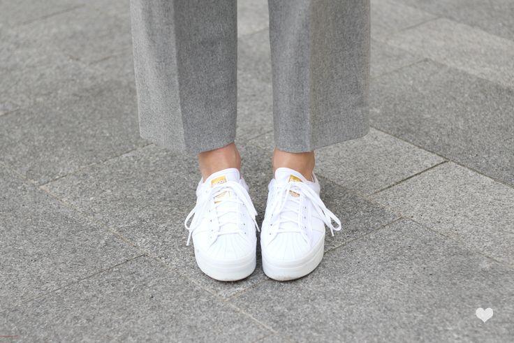 J'aime tout chez toi - Minimal chic adidas sneakers