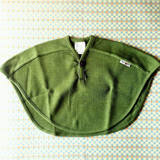 KoKoBello - barnkläder, leksaker & bärsjalar - Ljuvlig cape i naturlig ull från Manymonths - one size
