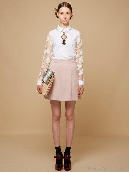 台形スカートのくすみピンクコーデ。人気の台形スカートおすすめ一覧♡トレンドの着こなしの参考にどうぞ♡
