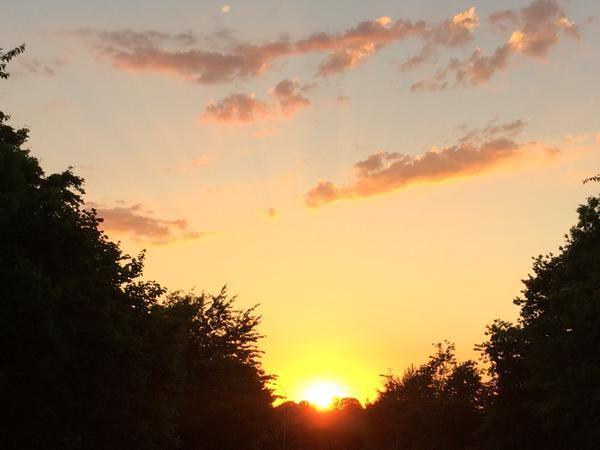 Sent in by @GarySkent on Twitter - sunset. #SnapWarrington