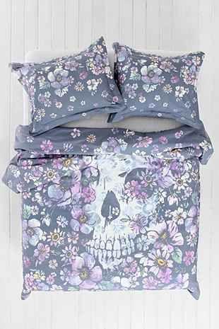 Plum & Bow Skull Flower Duvet Cover - Urban Outfitters