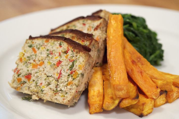 Recipe under 500 calories: Turkey quinoa meatloaf with sweet potato wedges. (And it's so good!)