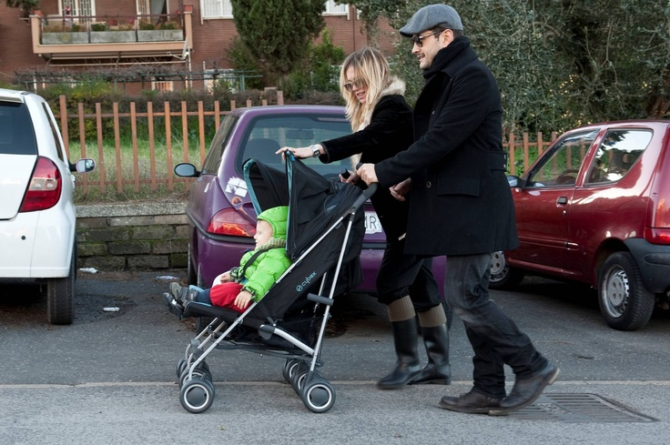 spotted: Italian actor Vinicio Marchioni with our CYBEX Twinyx > # CYBEX #buggy #stroller