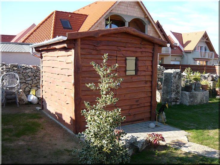 Kis kerti faház