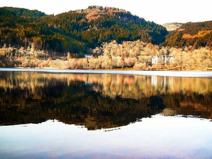 Exploring  Loch Lomond & Trossachs National  Park. #uk #scotland #visitscotland #callader #stirling #loch #trossachs #travel #explore #adventure  #hiking #holiday #beautiful #lovescotland #insta_scotland #view #countryside #nice #landscape  #britan #hills #water #scenery #igscotland #planetearth #adventureculture #highlandcollective  #nofilter #nationalparks #reflection