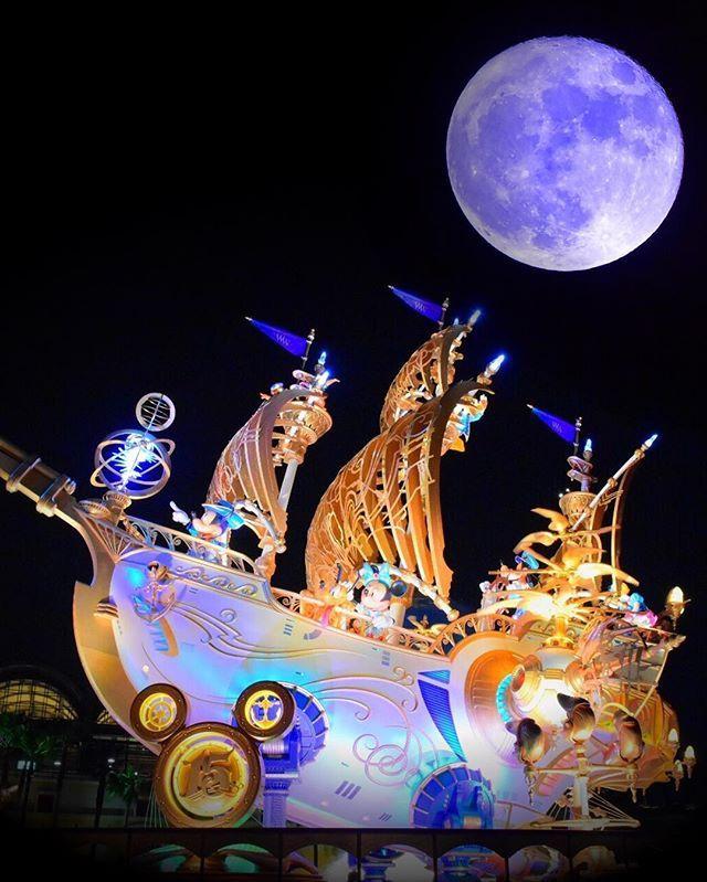 WEBSTA @ disney_556 - スーパームーン🌙💫🌟昨日雨で悔しかったから今日撮ってスーパー遊んでみた😆💓(笑)**#ディズニー写真隊 #ディズニー写真部 #ディズニーカメラ隊 #Disney #Disneygram #Disneyparks #東京ディズニーシー #tokyodisneysea #ディズニーシー #Disneysea #スーパームーン #ウィッシュ号 #ウィングオブウィッシュ号