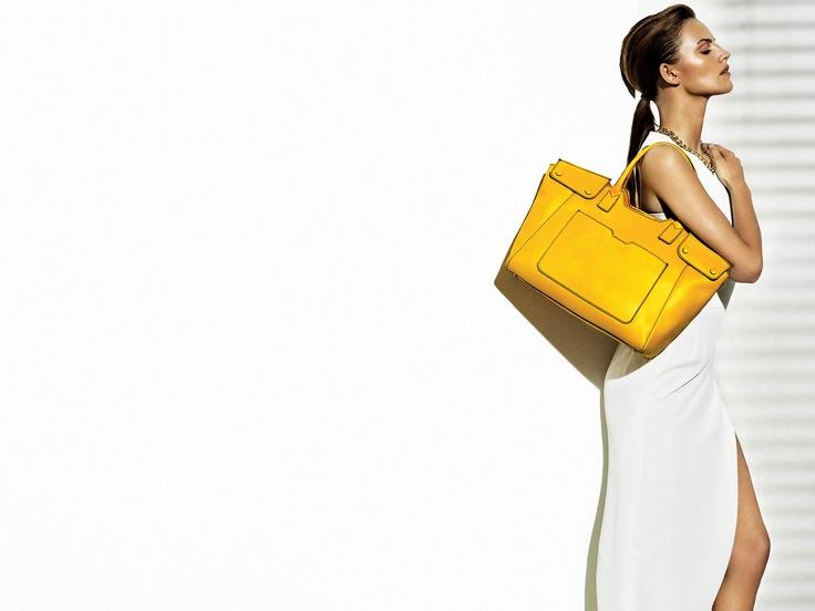 #gherardini #adv #borsa #bag #yellow #fashion #style #stylish #love #TagsForLikes #photooftheday #hair #beauty #beautiful #instafashion #girly #girl #girls #eyes #model #dress #heels #styles #outfit #purse #shopping