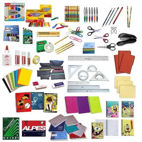 Utiles escolares, me encantaba ir con mi niñera a comprar todo lo que pedían en el colegio. A mamá, no tanto.