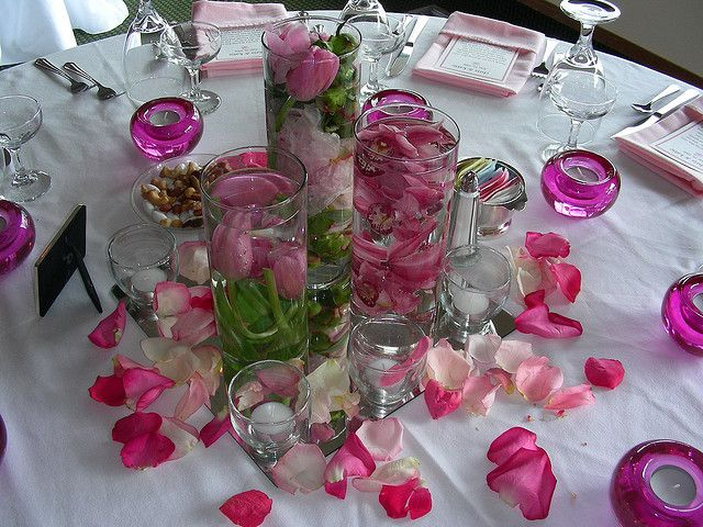 Lots Of Wedding Centerpiece Ideas To Save Your Budget Plus Where You Can Inexpensive Flowers Candles Vaseore Supplies