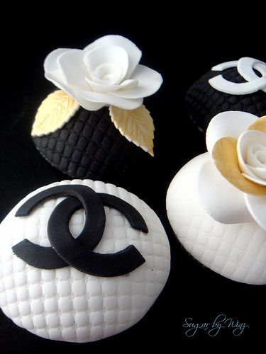 17 Best Ideas About Chanel Cupcakes On Pinterest Coco
