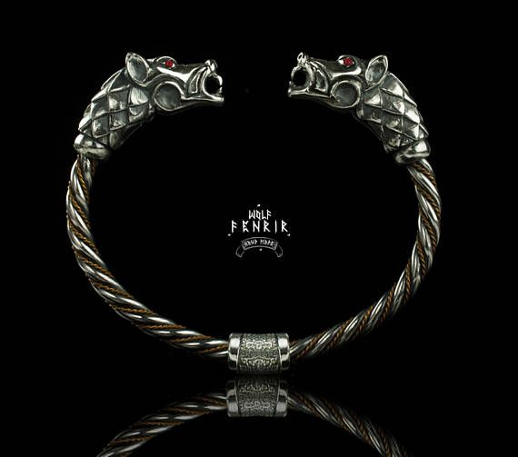 Fenrir Bracelet silver  Viking Style Wolf's heads Cuff