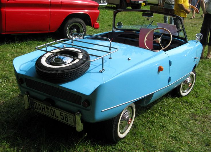 1958 Friskysport showing the regular flat tail without hatch