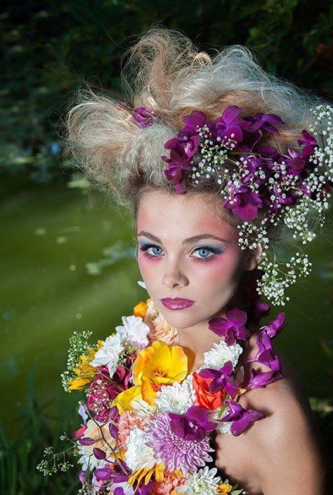 Floral Design / Styling: Fayette Make-up: Smashbox International, Nolan Plaaties Hair: Bliss Hair Photo: Craig Anderson