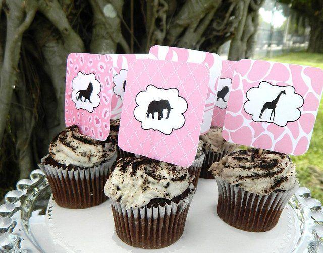 Cupcakes at a Pink Safari Party #safari #party