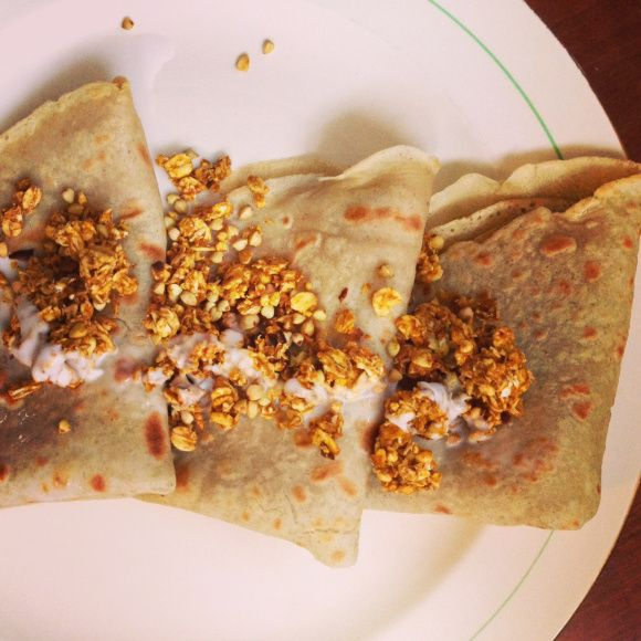 Gluten free vegan crepes - super easy and delicious with only three main ingredients