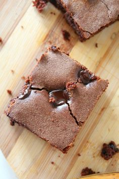 Simple Chocolate Chip Brownies recipe - a bit fudgy, with a little crisp on top, a little chewy but moist and super easy to make. These taste so rich and decadent!