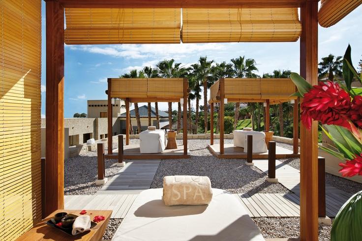 El Spa del Gran Hotel Bahía del Duque by L'Occitane crea una sugerente y…