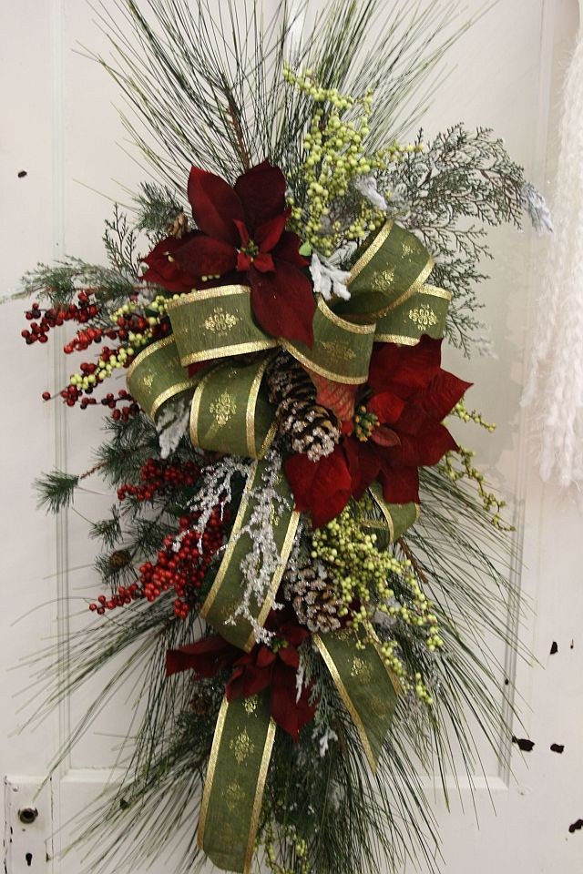 28 best Swag\/wreaths images on Pinterest Autumn, Christmas - christmas floral decorations