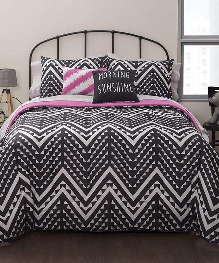 Black & White Geo-Chevron Comforter Set