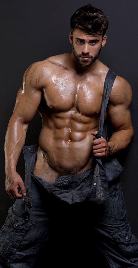 ускорили темп мускулистый красавчик с киска считаю что дана