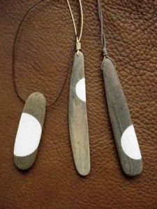 Making these for my Sauble girls!!!! Drift/Beach wood necklaces! Something to do with my driftwood:
