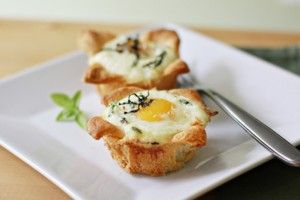 have to try this weekend :)Breakfast Brunches, Best Recipe, Croissants Eggs, Baking Croissants, Easy Baking, Cupcakes Recipe, Baking Eggs, Eggs Cups, Savory Cupcakes