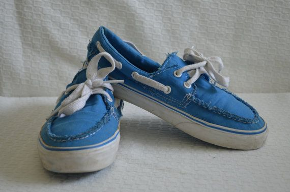 Throwback Bright Blue 'Vans' Boat Shoes - Women's 7 1/2 / Men's 6