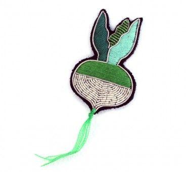 Les incroyables broches brodées de Macon et Lesquoy  http://www.maconetlesquoy.com/shop/fr